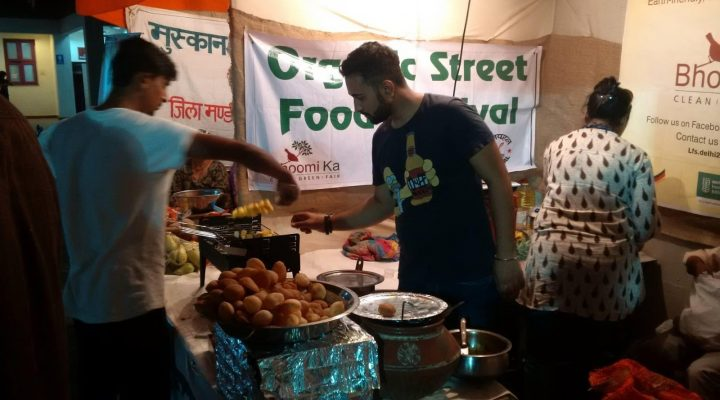 Bhoomi Ka's and Janpahal's joint stall at Organic Street Food Festival, Oct 2017